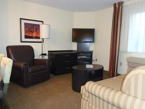 Candlewood Suites Denver - Lakewood: room