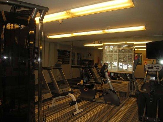 Candlewood Suites Denver - Lakewood: exercise room
