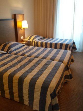 Mediterranean Beach Hotel: Suite