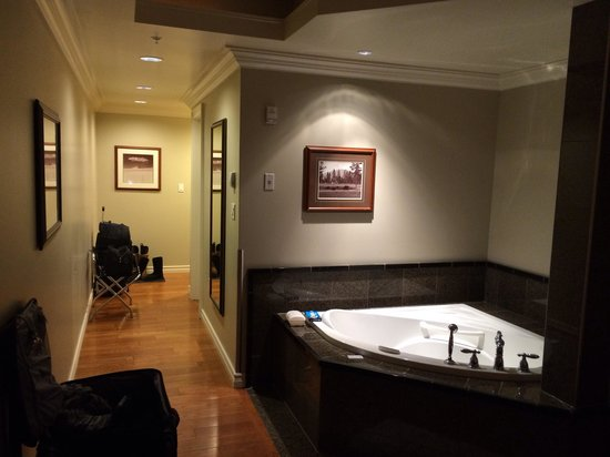 Park Place Inn: Suite A