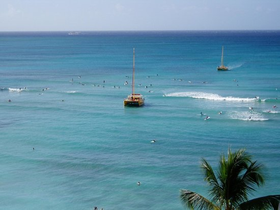 Outrigger Waikiki Beach Resort: view from 16th  floor