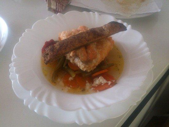 Cafe Restaurant Salamandra : Trucha ahumada en salsa de escabeche