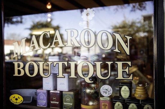 Macaroon Boutique: Shop on John Street