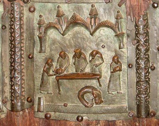 Basilica di San Zeno Maggiore: Дверь. Танец Саломеи