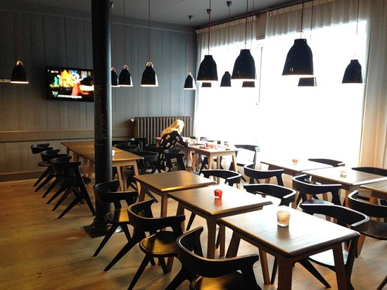 Hotel Le Faucigny: Dining room