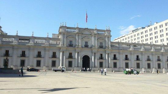 Free Walking Tour of Santiago: Plaza de las armas