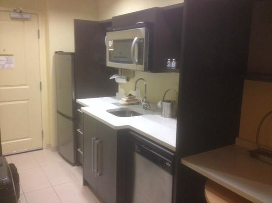 Home2 Suites by Hilton Huntsville / Research Park Area : Sink etc