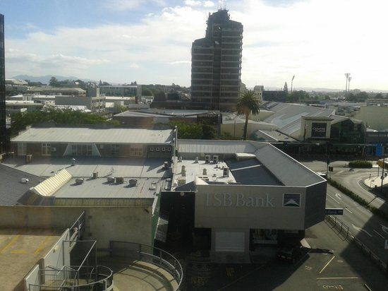 Ibis Hamilton Tainui : View of Hamilton CBD from our room