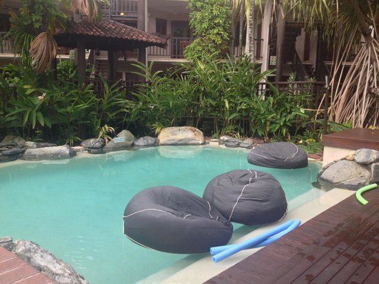 Hibiscus Resort & Spa: Pool 1
