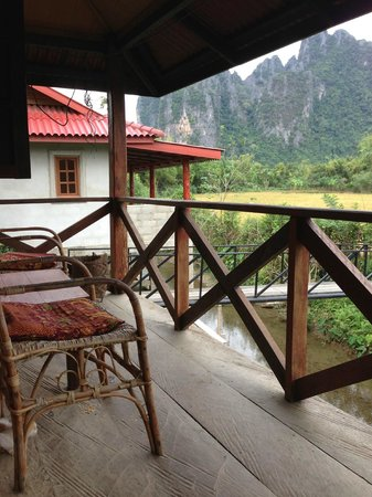 Maylyn Guest House: The deck with the amazing view