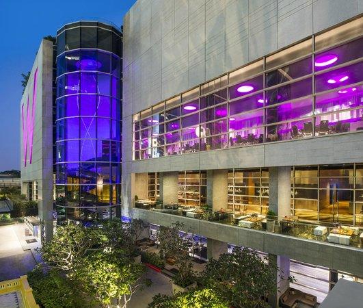 W Bangkok: W Terrace