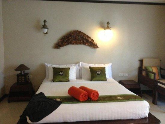 Kanok Buri Resort: наш прекрасный номер