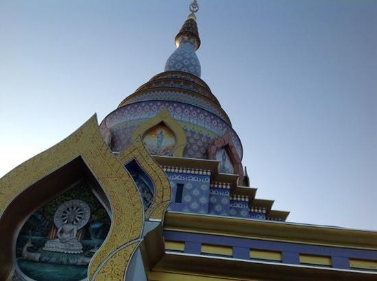 Mae Ai, Thailand: wat Tha Ton
