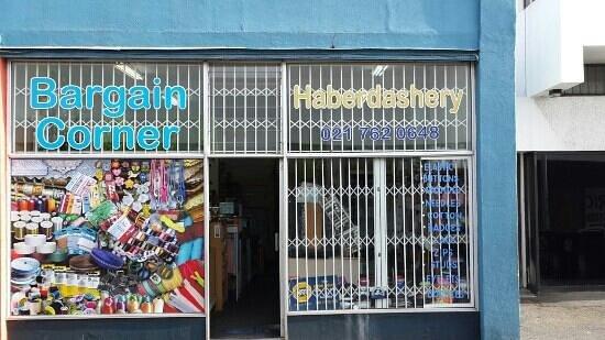Wynberg, Zuid-Afrika: bargain corner haberdashery