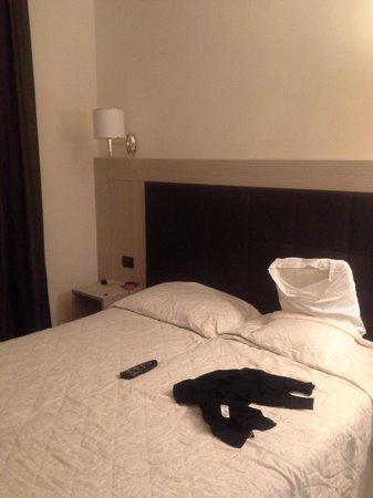 Hotel San Marco: номер double, кровать