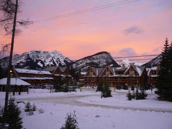 Hidden Ridge Resort: Sunrise