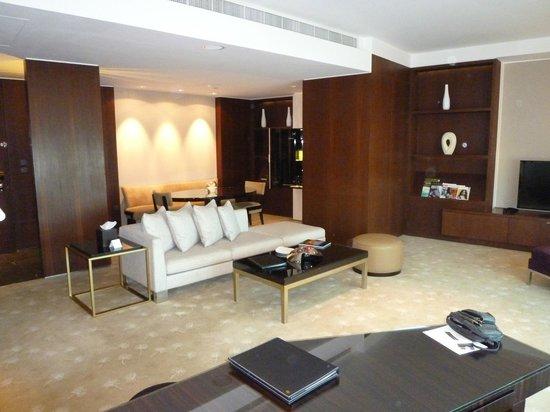 InterContinental Dubai Festival City: Junior Suite
