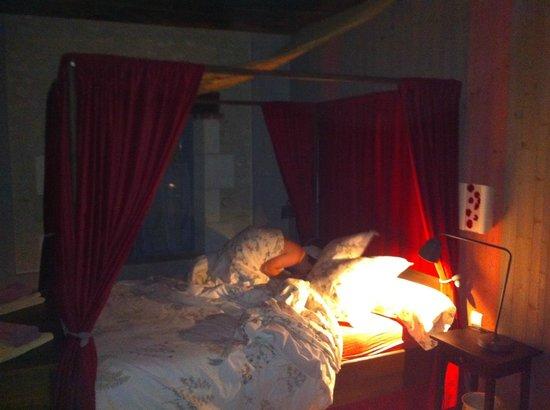 La Ferme d'O: Gebettet und geschlafen wie ein König