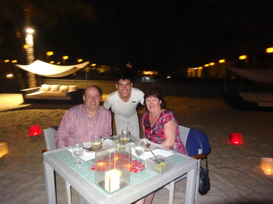 Fusion Maia Da Nang: Our special dinner on the beach