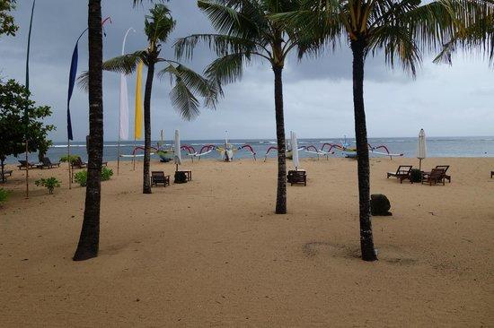 Segara Village Hotel: Segara beach view