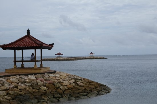 Segara Village Hotel: Sanur beach view