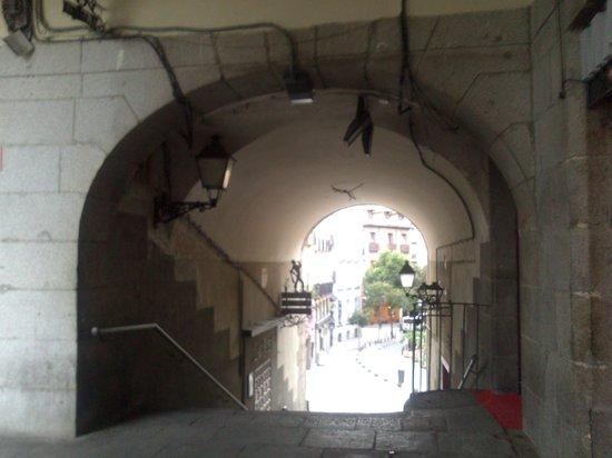 Tablao Flamenco Arco de Cuchilleros: Interesante