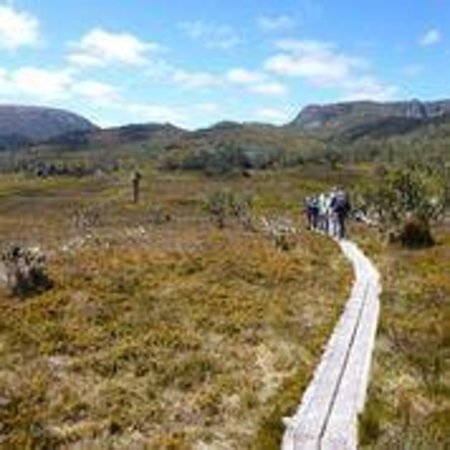 Cradle Mountain Huts: The trail