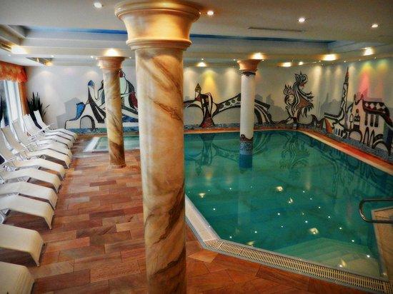 Hotel Brigitte: swimming pool