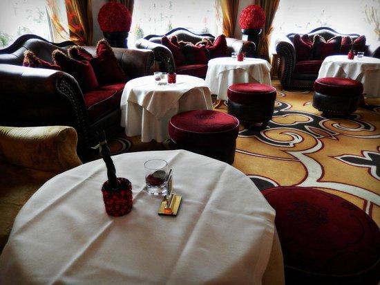 Hotel Brigitte: Bar