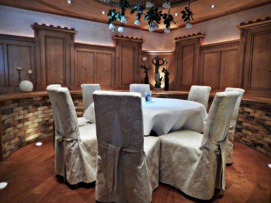 Hotel Brigitte: Dining