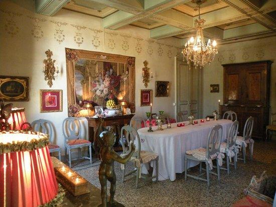 Château de Pouget : La salle à manger du Château