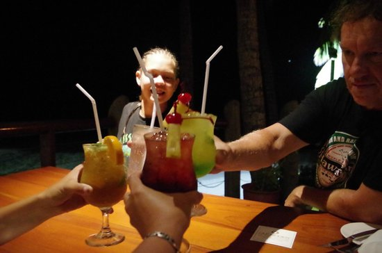 Outrigger Fiji Beach Resort: A toast at the end of a relaxing holiday