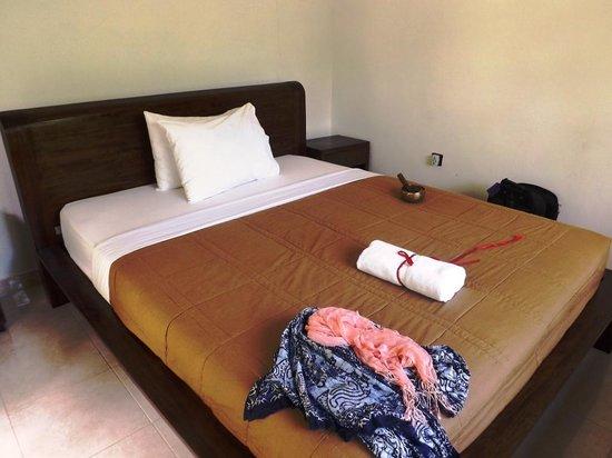 Omah D'Taman: Comfortable bed.