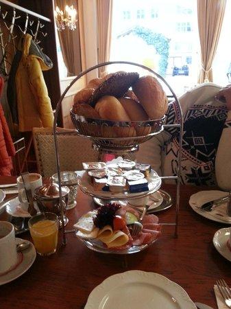 Kronner: Frühstück
