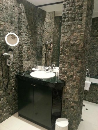 Hotel Metropole : salle de bain