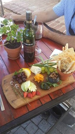 Harvest at Laborie: A pretty cheese board