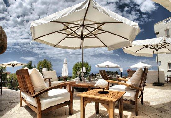 Hotel Carina: Teras