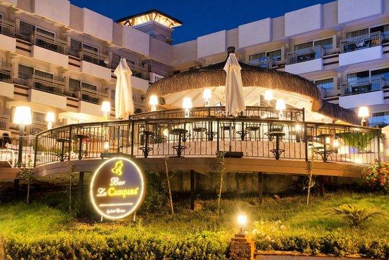 Hotel Carina: La Campana Bar