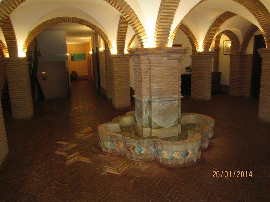 Hotel Balneario Cervantes: ENTRADA AL BALNEARIO