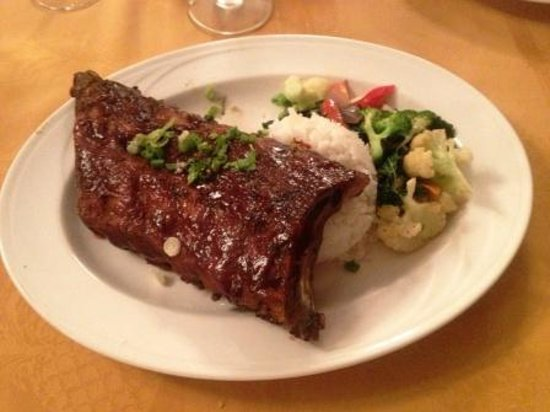 Tiki Terrace Restaurant: Ribs