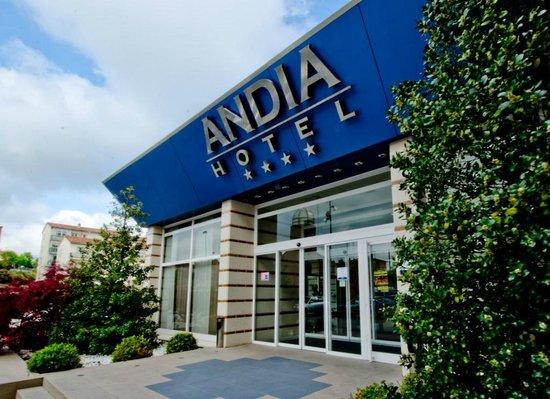 Andia Hotel Pamplona : Fachada