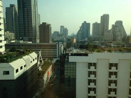Salil Hotel Sukhumvit Soi 11: view from my room