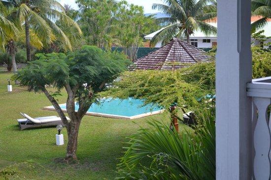 Raiatea Lodge Hotel : Piscine
