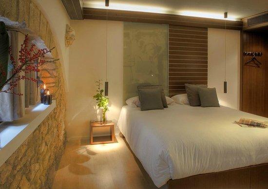 Hotel Museu Llegendes de Girona: Double room / habitación doble