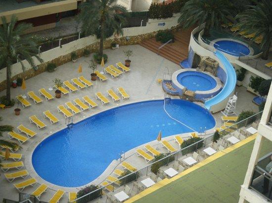 Hotel RH Princesa & Spa: Piscina del hotel