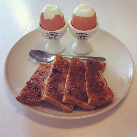 Chiff Chaff Cafe: Breakfast at Chiff-Chaff