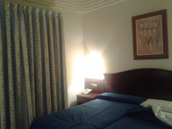 Hotel Gran Legazpi: habitación