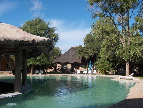Chrismar Hotel: Swimmingpool with bar