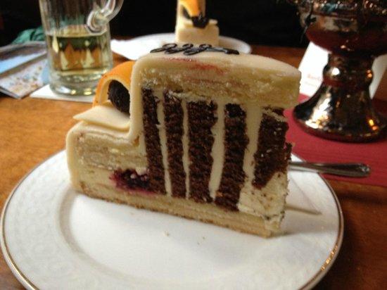 Kurfürstenschänke: The signature cake. A must-try!