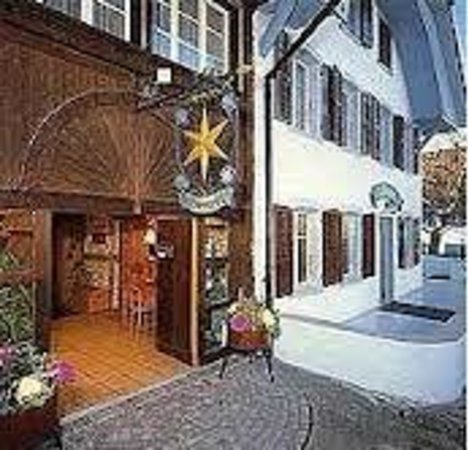 Erlach, สวิตเซอร์แลนด์: Gasthof Zum Goldenen Sternen Lüscherz